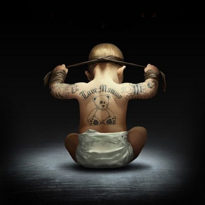 bebês fofinhos,bebês tatuados