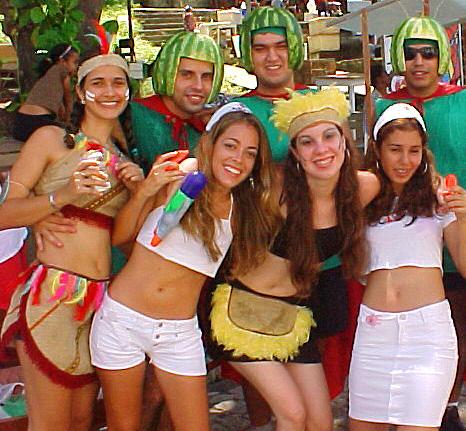 Resultado de imagem para fantasia para carnaval
